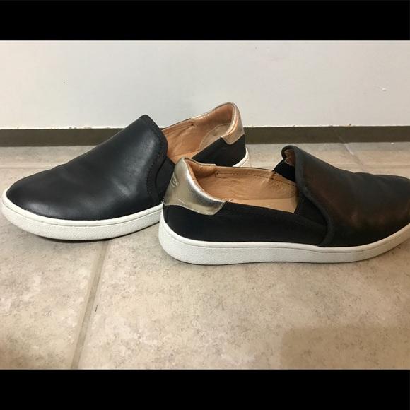 7e6301fd795 Ugg Cas Slip-On Sneaker. M_5b5d10459539f753957cacbe